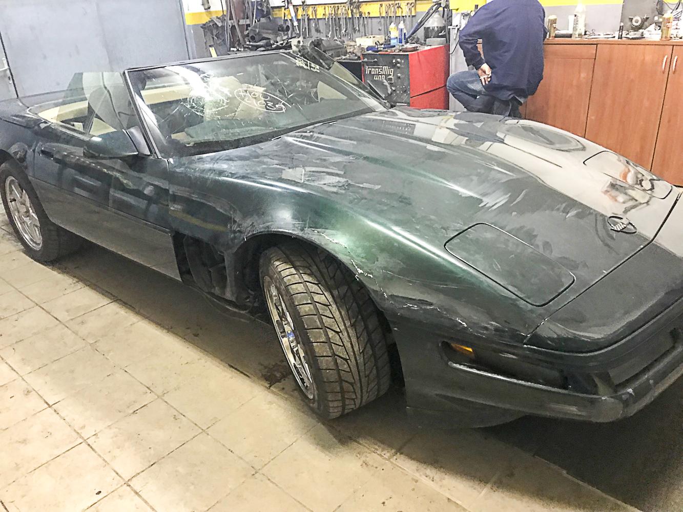 Chevrolett Corvette c4 1994